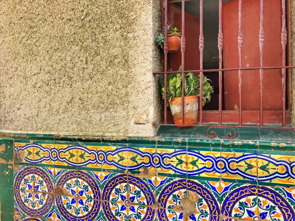 tiled window in Havana
